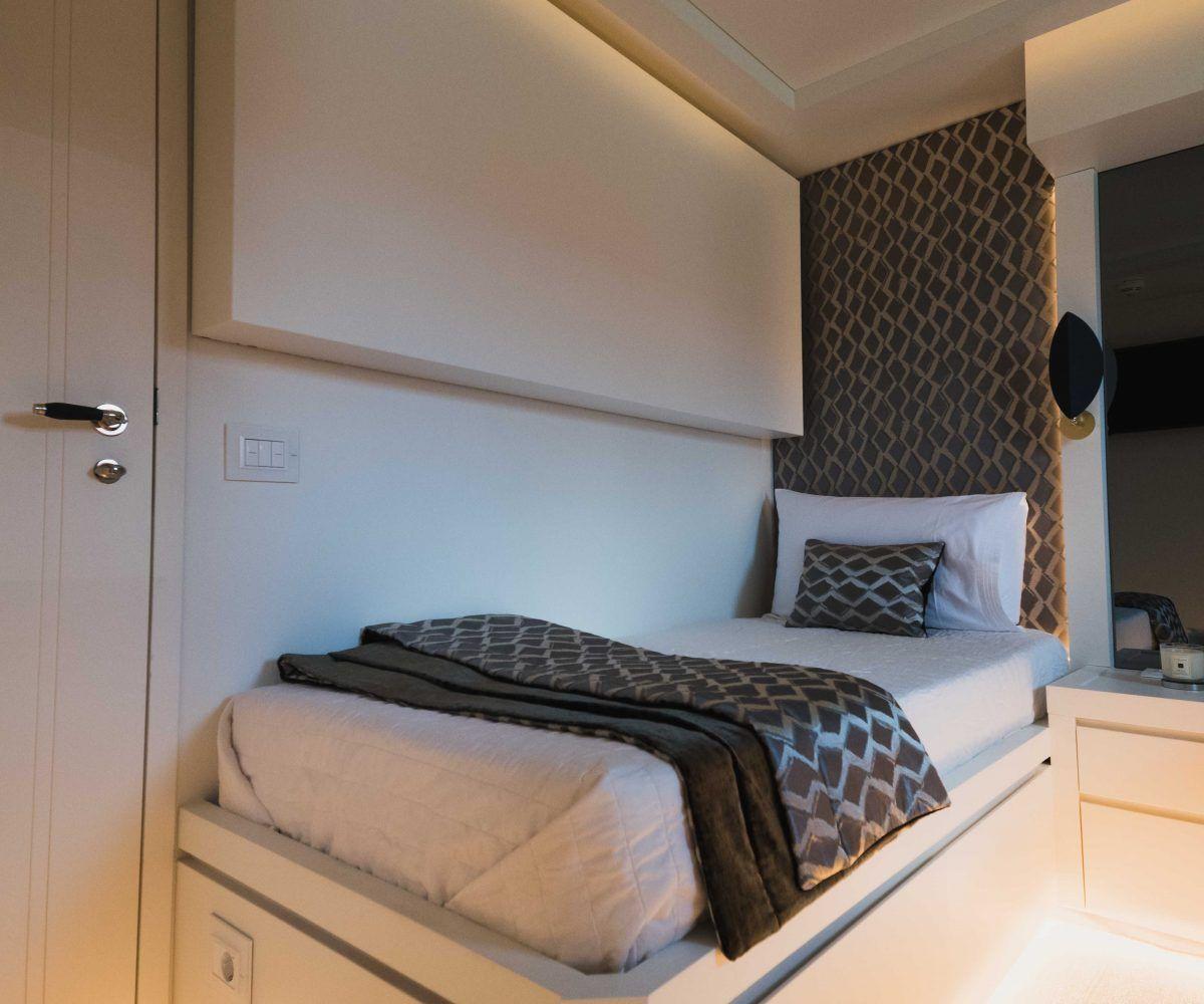 Ibiza yatch rental | Tecnomar 36 Blue Jay