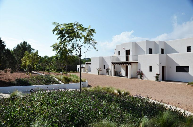 Esterno-20-818x540 Invertir en Ibiza