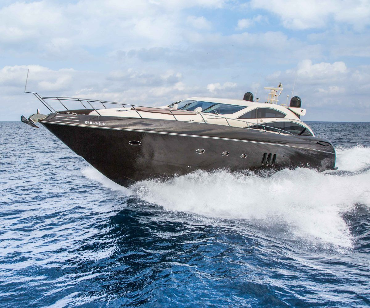 Boat Hire Ibiza Predator 82