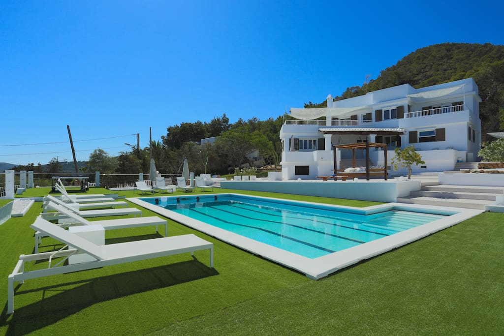 exterior views to the villa garden in Ibiza